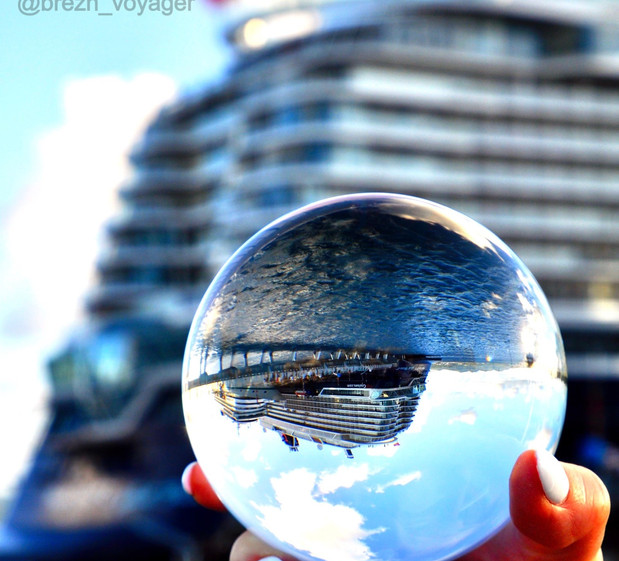 Lensball pictur of the Mein Schiff 2