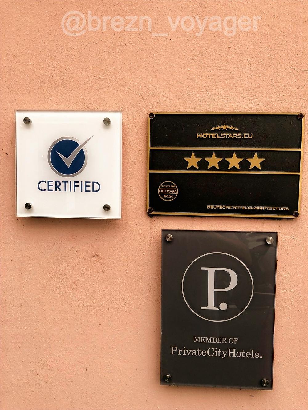 Verdiente zertifiziert und 4 Sterne. Hotel in direkter Donau Lage