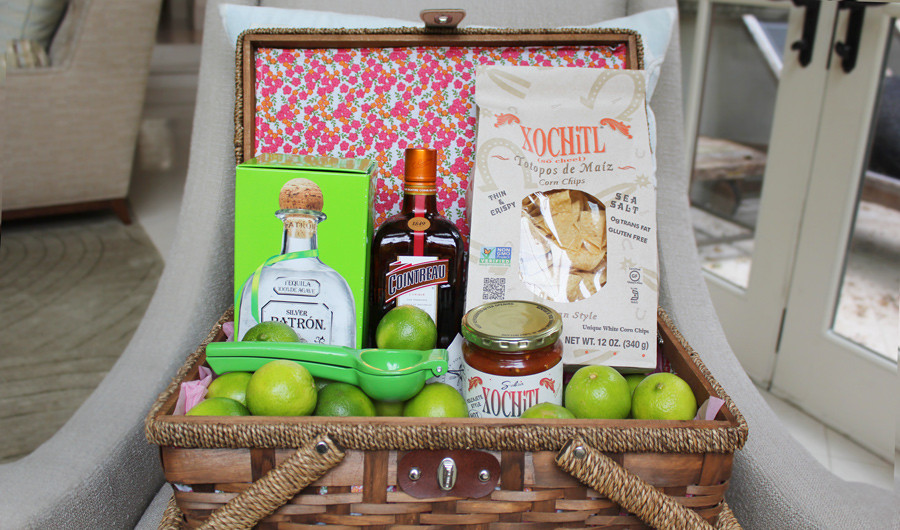 DIY Gift: Cocktail Basket