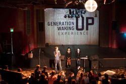 WAKE UP IN LA
