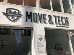 MOVE & TECH