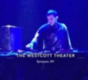 DJ Dizzyyy.jpg