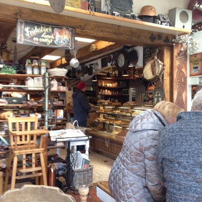 Terug in de tijd in Bakkerij (of is het toch een museum) Sonnemans in Burgh Haamstede