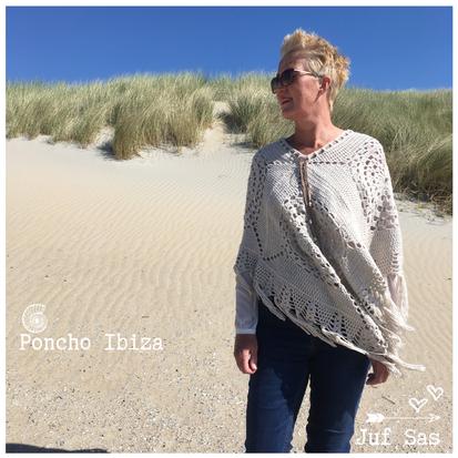 De afwerking van poncho Ibiza handmade by juf Sas met gratis patroon