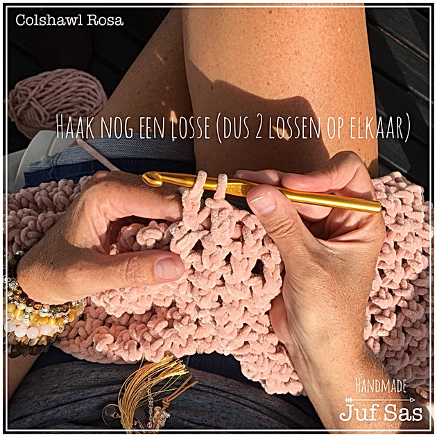 Gehaakte Colshawl Rosa Handmade By Juf Sas Creatief Zeeland
