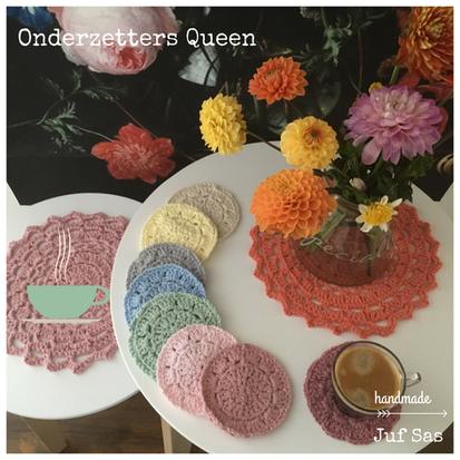 Onderzetters Queen handmade by juf Sas met gratis patroon