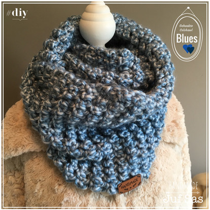 Gehaakte colshawl Blues handmade by juf Sas