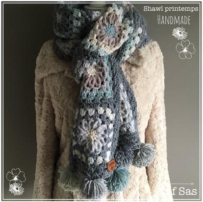 Shawl Printemps handmade by juf Sas met gratis patroon