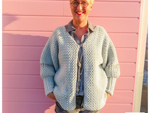 Vest Claire handmade by juf Sas met gratis haakpatroon