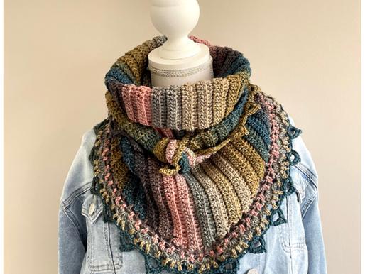 Haakpakket inclusief haakpatroon shawl Dagmar handmade by juf Sas