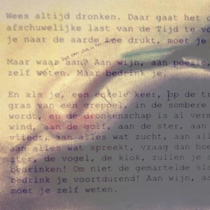 Wees altijd dronken gedicht van Charles Baudelair