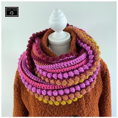 Colshawl Betsy Carpe Diem handmade by juf Sas met gratis haakpatroon