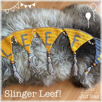 Gehaakte slinger LEEF! handmade by juf Sas met gratis patroon