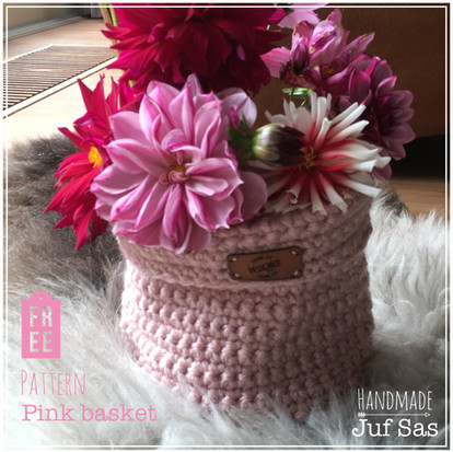 Pink basket handmade by juf Sas met gratis patroon