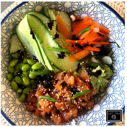 Recept: Poké Bowl met zalm, zeebanaan en wakame