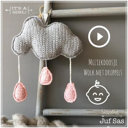 Gehaakt muziekdoosje Wolk met druppels handmade by juf Sas met gratis patroon