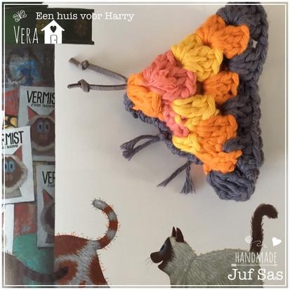 Vera (vlinder uit het boek een huis voor Harry) handmade by juf Sas met gratis patroon