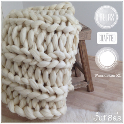 Woondeken XL van lontwol gebreid zonder breinaalden handmade by juf Sas