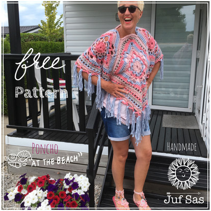 Poncho 'At the beach' handmade by juf Sas met gratis haakpatroon