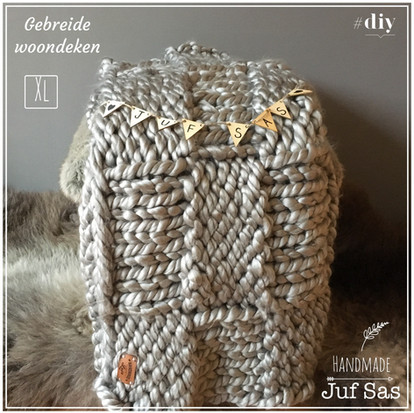 Woondeken XL  gebreid met breinaalden 20 handmade by juf Sas
