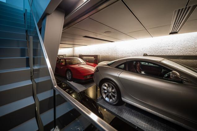 1F 駐車スペース