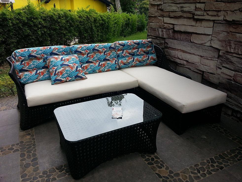 Muebles exterior sof de jardin madeira with muebles for Muebles exterior baratos