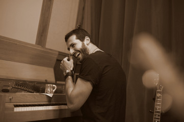 Redah laugh piano.jpg