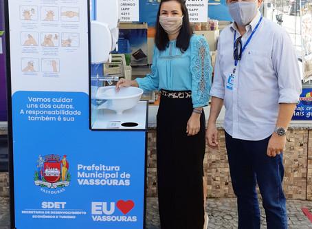 Prefeitura de Vassouras instala lavatórios em locais estratégicos para combater o coronavírus