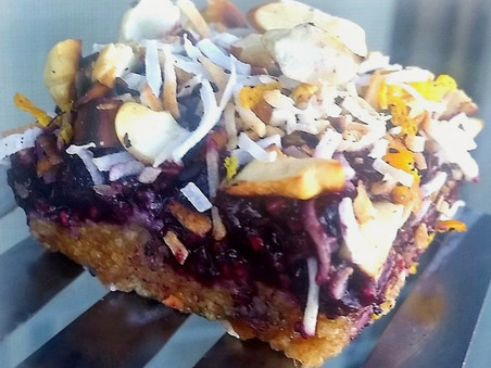Beat those 3pm sugar cravings with this Blueberry Nut Crumble Slice