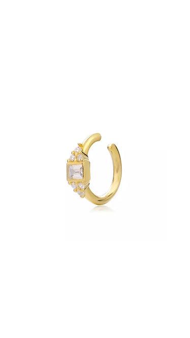 DIAMOND EARCUFF