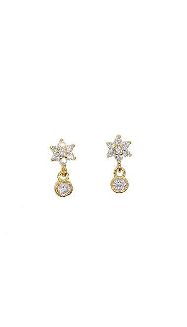 TINI DIAMOND STAR EARRING