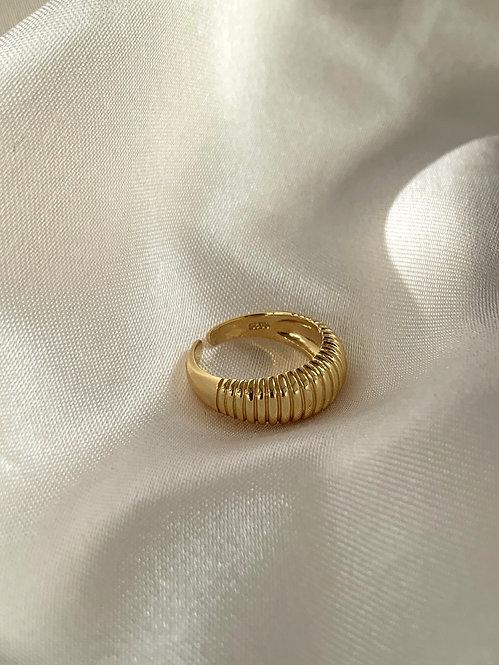 Clélie ring