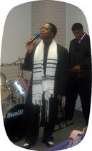Apostle in Min - blkprayershawl