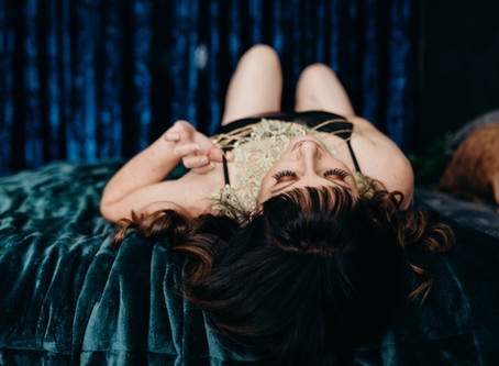 What is a Boudoir / Intimate Lifestyle photo shoot?