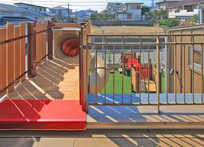 小さな園庭|園舎の設計