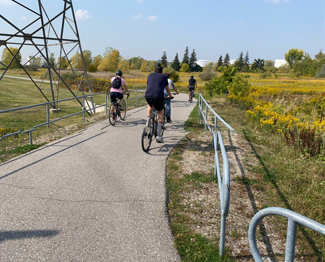 We rode the fabulous trails through the hydro corridor, but saw that separation between pedestrians, joggers, and cyclists can be an issue and heard that winter maintenance is needed.