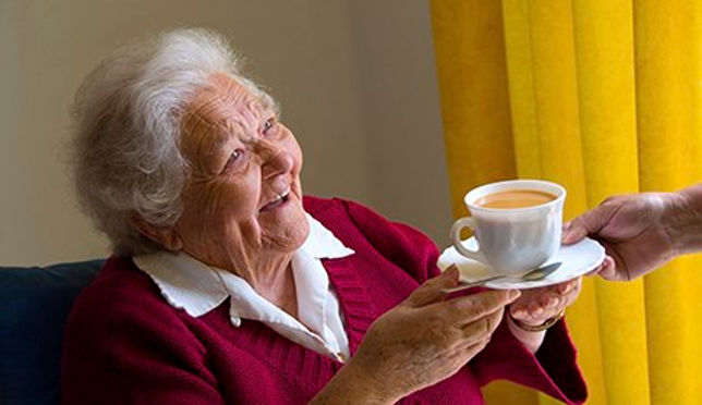 older-person-laughing-008.jpg