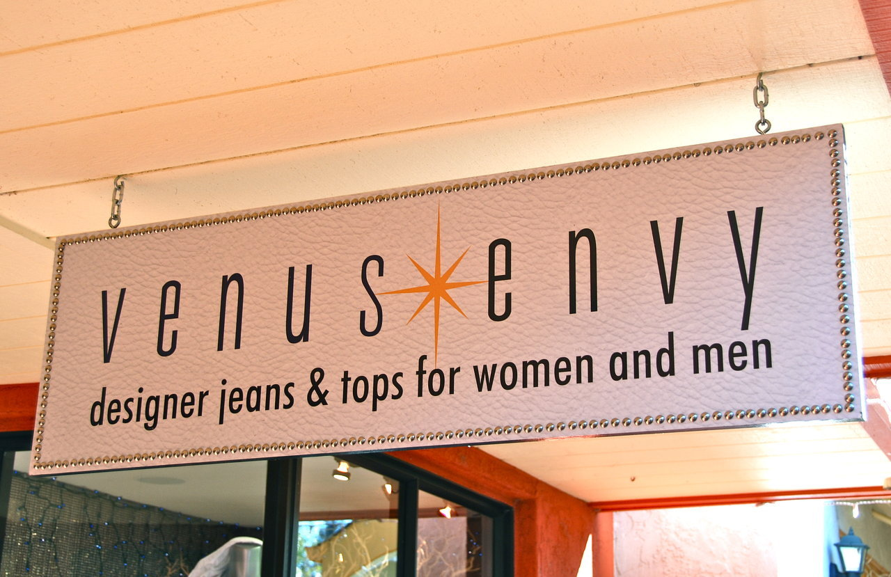 Venus Envy Clothing in Sonoma