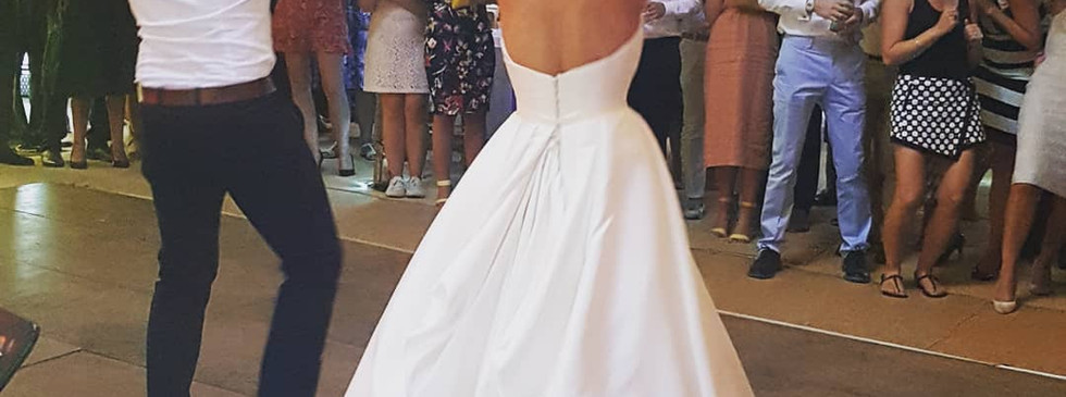 wedding-singer-wales.jpg