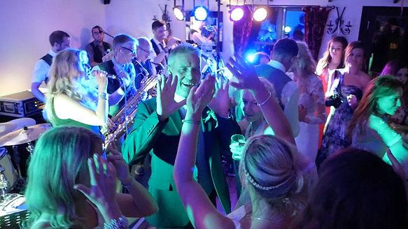 barn-west-farm-wedding-band.jpg