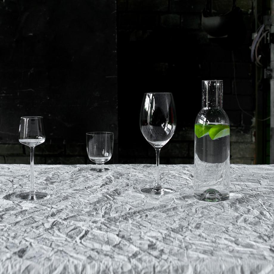 iron-free tablecloth tyvek water resista