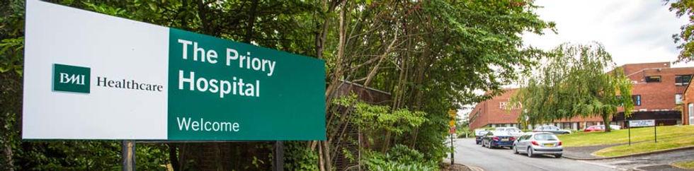 Trevor Larence Hip & Knee surgeon - The Priory Hospital 1
