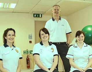Trevor Larence Hip & Knee surgeon - physiotherapy team
