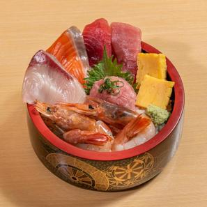生えび盛り大漁丼