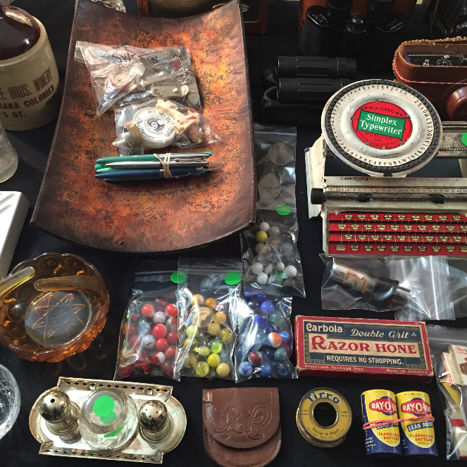 Estate Sale Colorado Springs Vintage Collecxtion