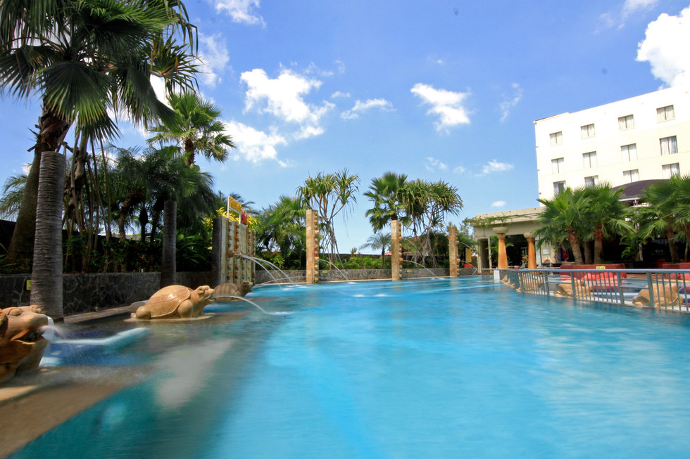 Swimming pool2.jpg