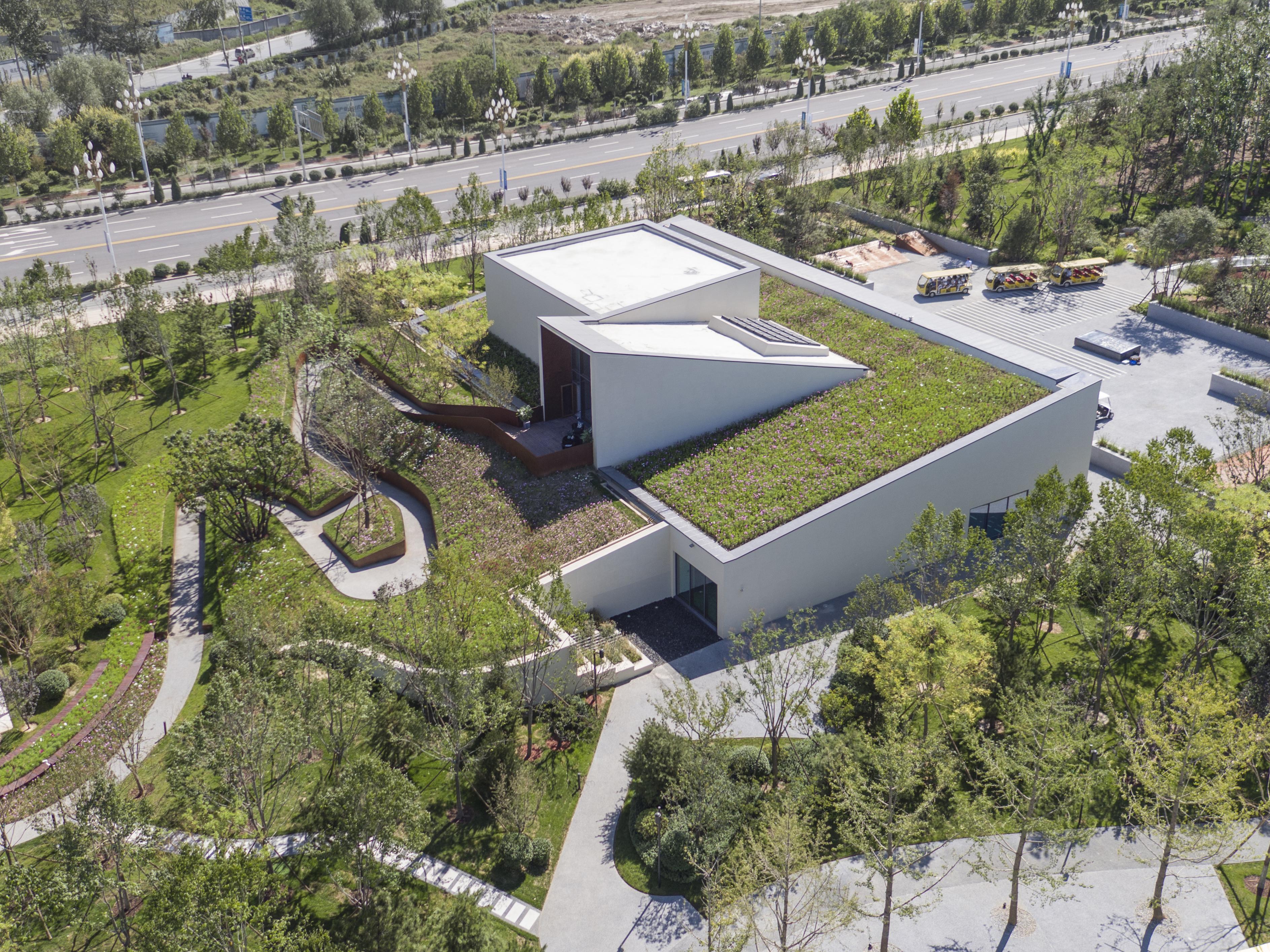 建筑西北侧鸟瞰