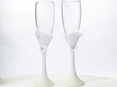 Calla Lilly Toasting Flutes