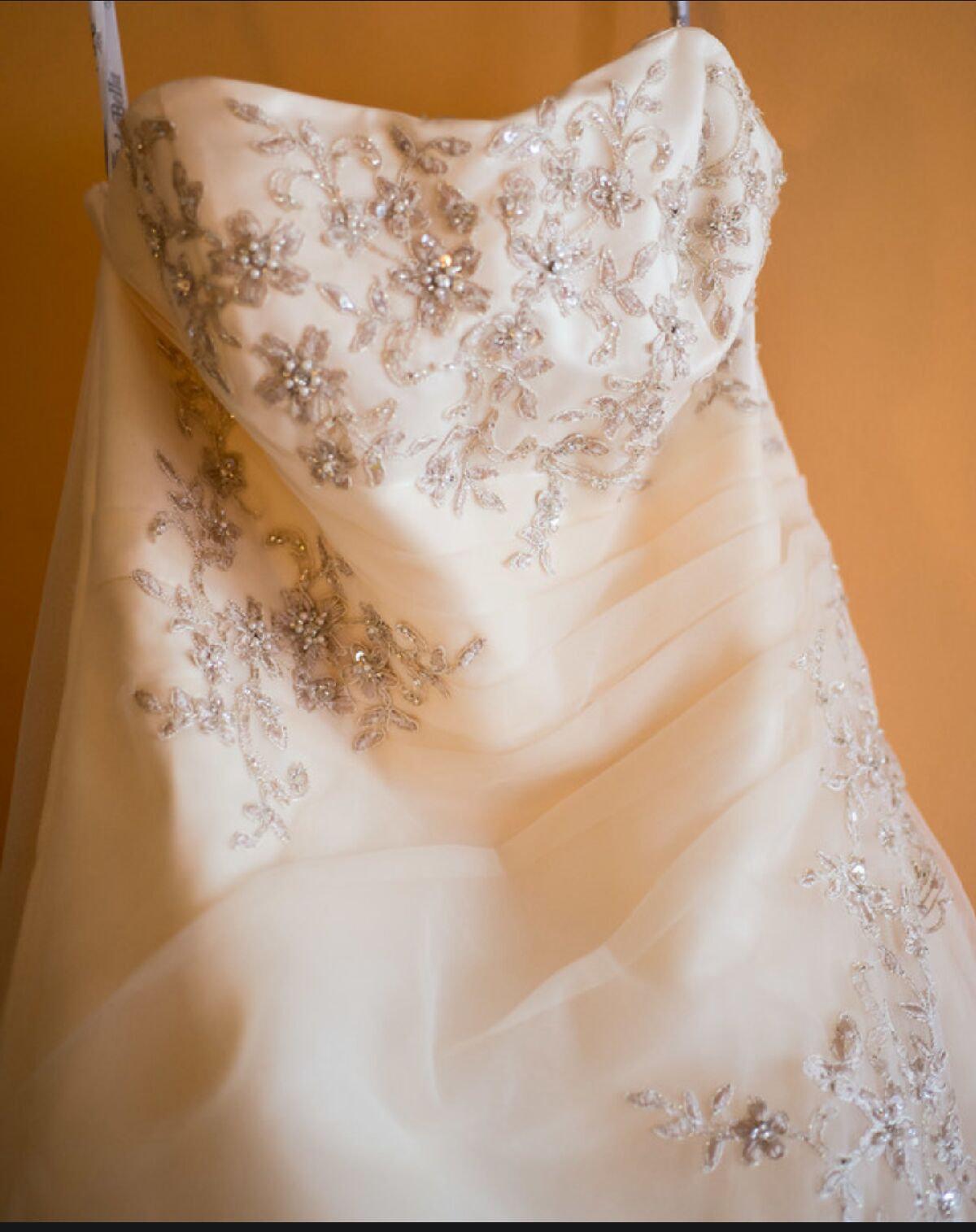 Dress Consultation / Fitting