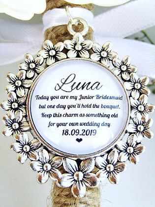 Junior Bridesmaid 'Hold the Bouquet' Bouquet Charm Flower Surround